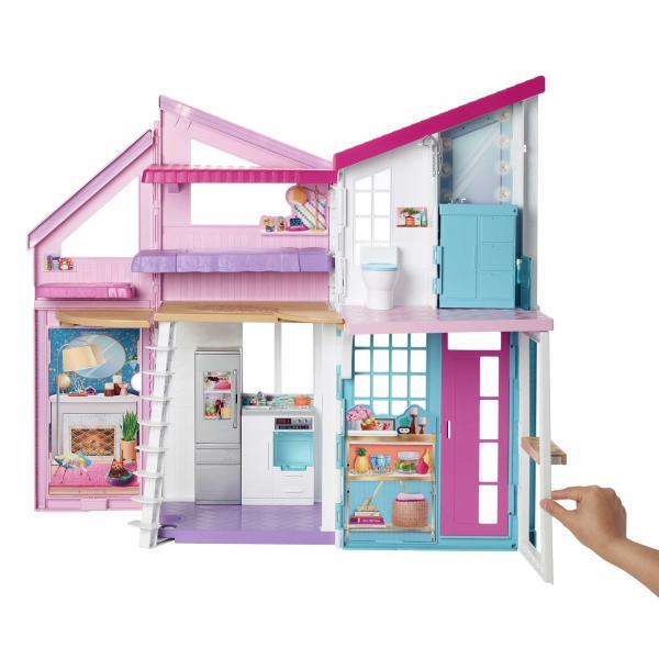 Barbie Casa di Malibu, Playset Richiudibile su Due Piani con Accessori, Giocattolo per Bambini 3+ Anni, FXG57
